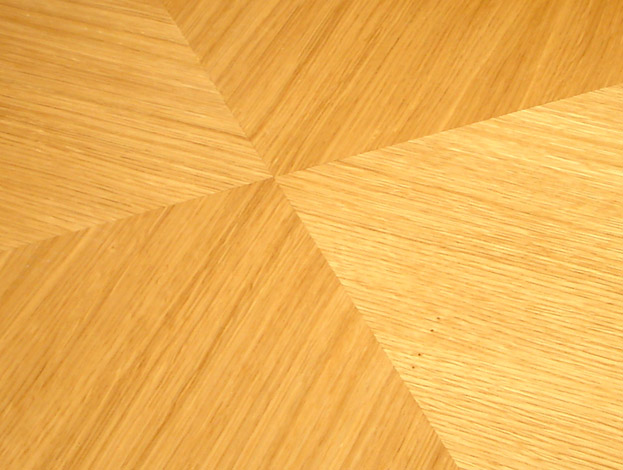 Natural Oak finish and marquetry
